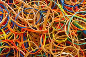 640px-Rubber_bands_-_Colors_-_Studio_photo_2011